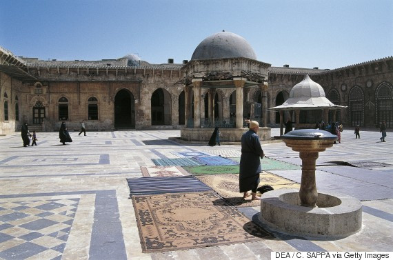 SYRIA - APRIL 08: Umayyadof of Aleppo Mosque or the Great Mosque of Aleppo (UNESCO World Heritage List, 1986), 12th century, Syria. (Photo by DeAgostini/Getty Images)