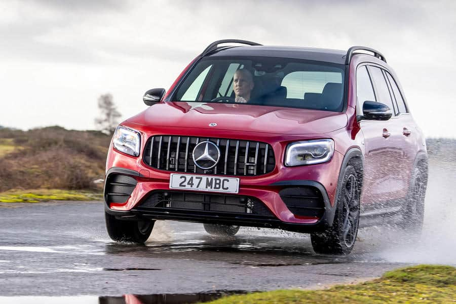 مراجعة سيارة Mercedes-AMG GLB 35 Premium Plus 2021 UK 2 16/3/2021 - 4:39 م